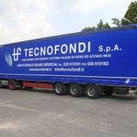 Camion telonato Tecnofondi